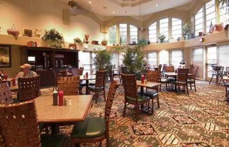 Embassy Suites Flagstaff - Restaurant - 7