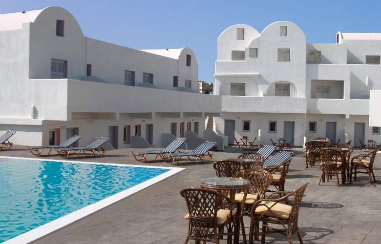 Odysseas Hotel - Terrace - 4