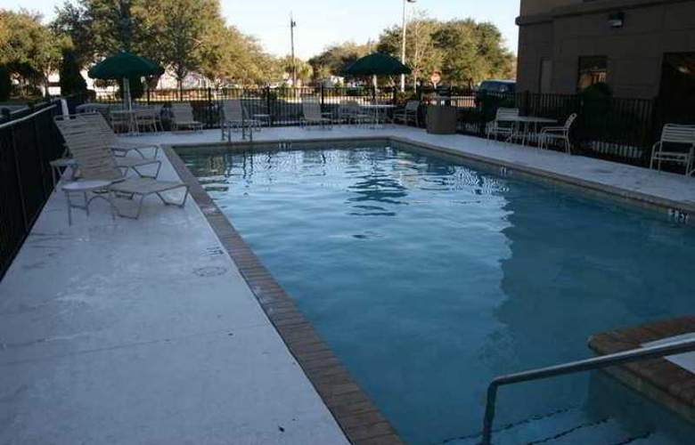 Hampton Inn & Suites Largo - Hotel - 3