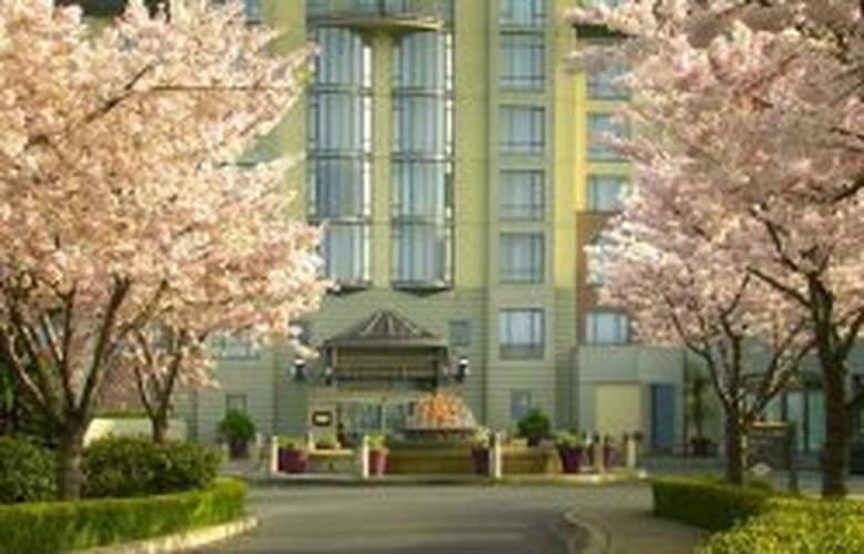 Delta Victoria Ocean Pointe Resort & Spa - Hotel - 0