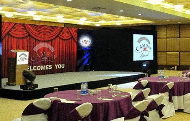 Cambay Grand - Hotel - 0