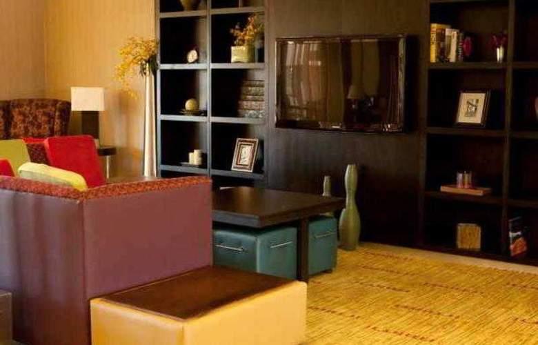 Courtyard Norman - Hotel - 9