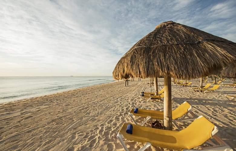 Iberostar Paraiso Maya - Beach - 18