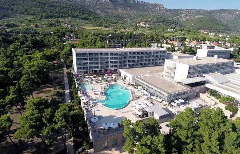 Bluesun Hotel Elaphusa - Beach - 28