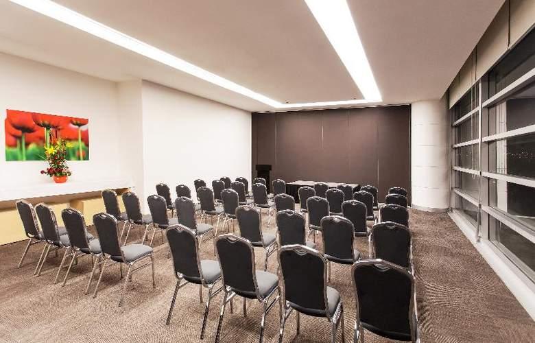 NH Valle Dorado - Conference - 25