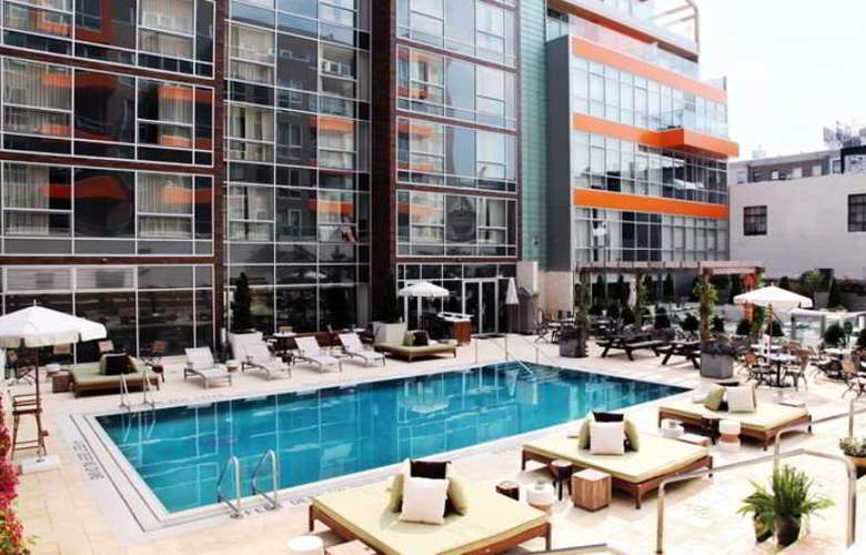 McCarren Hotel & Pool - Pool - 21