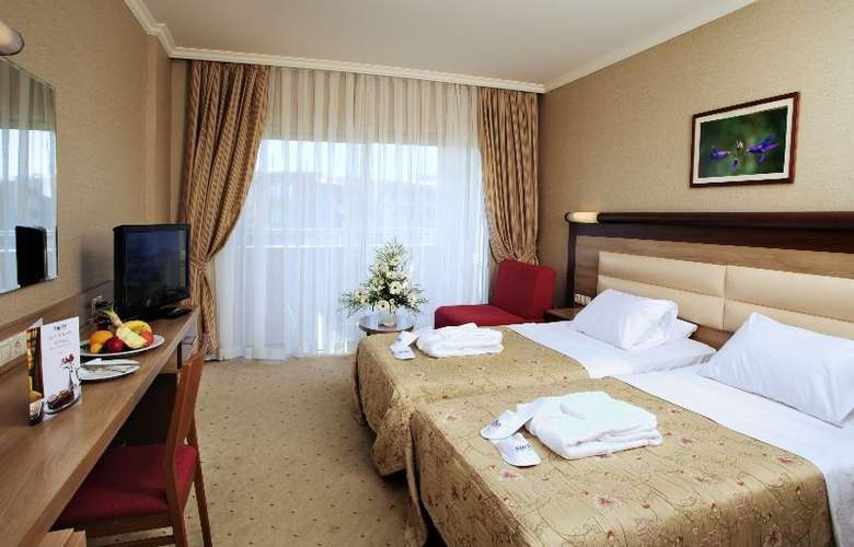 Sueno Hotels Beach Side - Room - 3