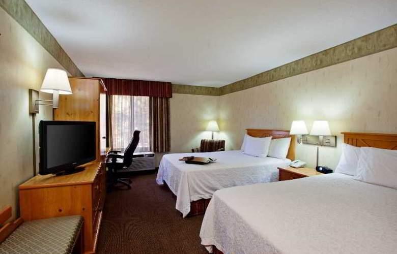 Hampton Inn Flagstaff - Room - 11