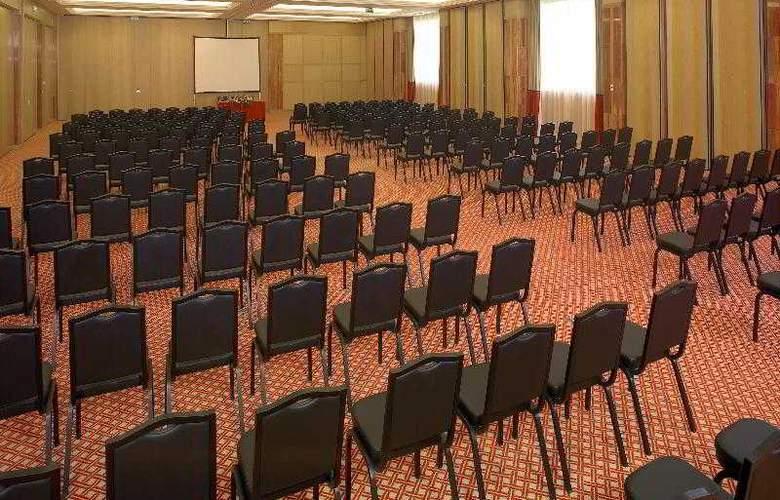 Grande Real Santa Eulalia Resort & Hotel Spa - Conference - 26