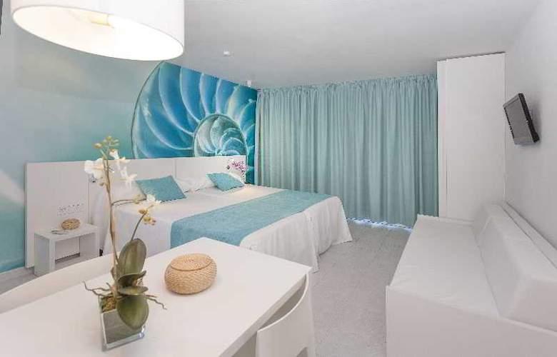 Marina Playa - Room - 13