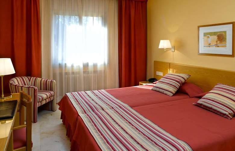 Hotel Sercotel Costabella - Room - 2