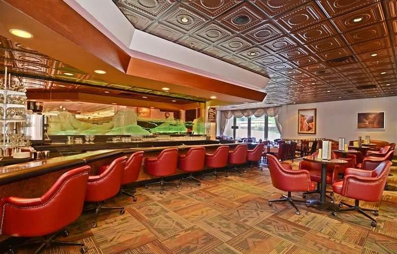 Best Western Premier Grand Canyon Squire Inn - Bar - 133