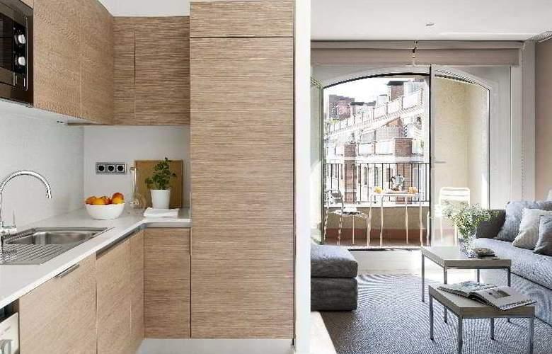 Eric Vokel Gran Via Suites - Room - 8