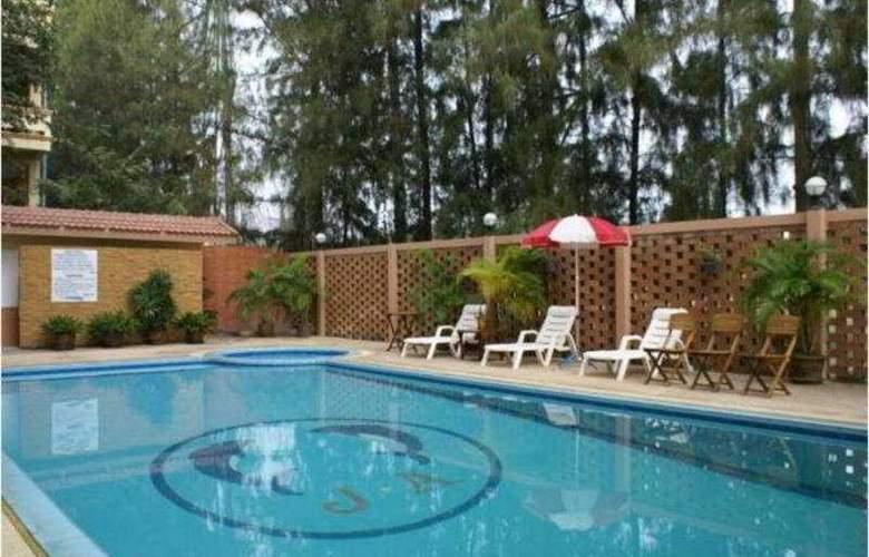 J. A. Villa Pattaya - Pool - 8