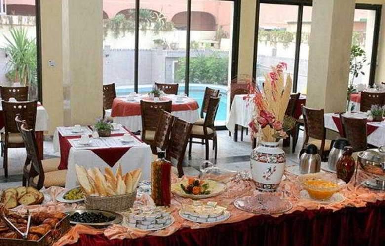 De La Corniche - Restaurant - 4