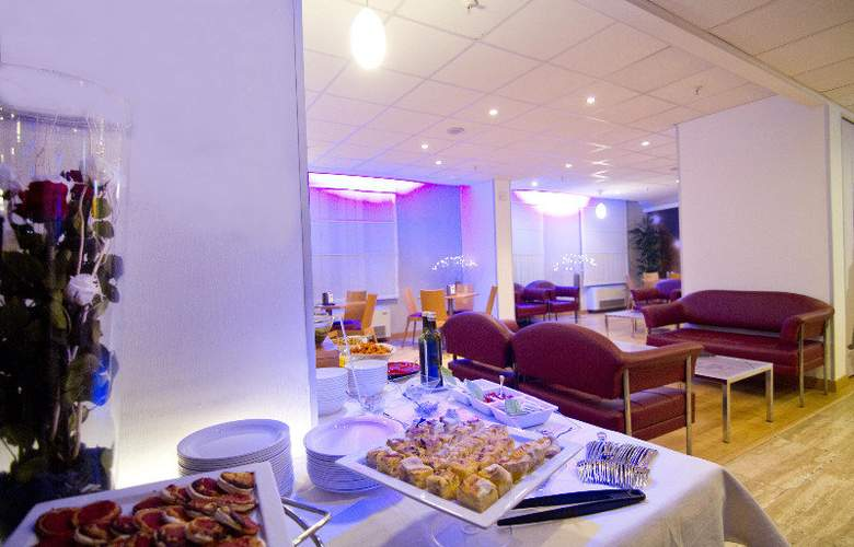 Holiday Inn Express Rome San Giovanni - Restaurant - 20