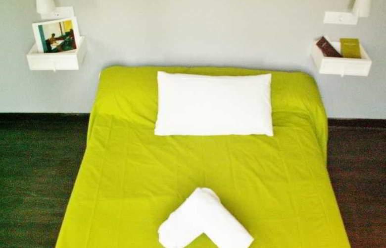 Oasis Hostel Toledo - Room - 3