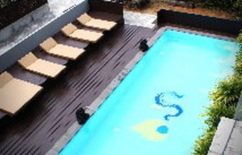 Eastin Easy Siam Piman Bangkok - Pool - 4