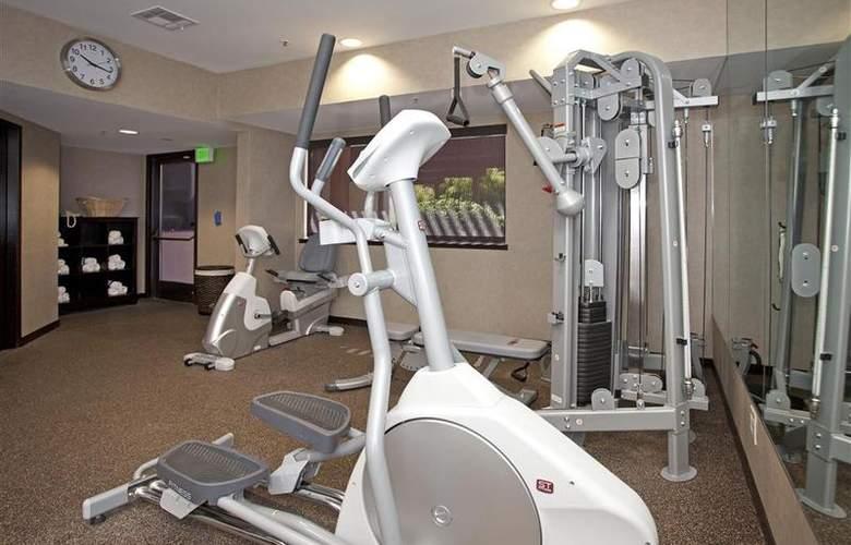 Holiday Inn Express Santa Rosa - Sport - 22