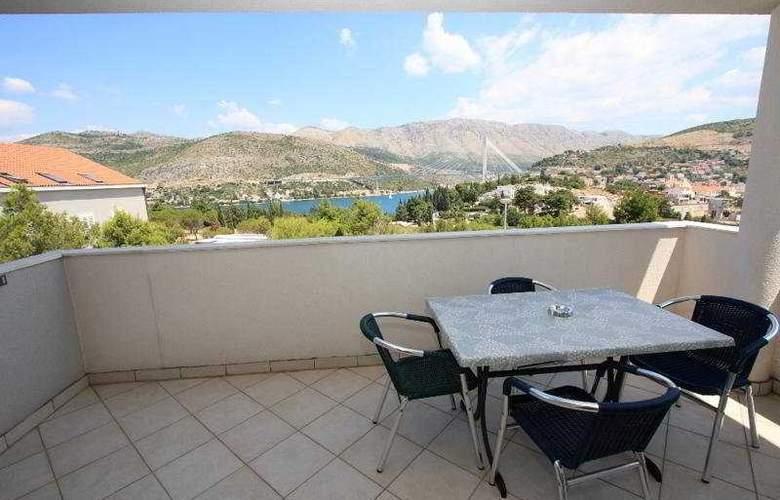 Villa Erna - Terrace - 7