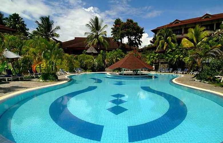 Santika Manado - Pool - 5