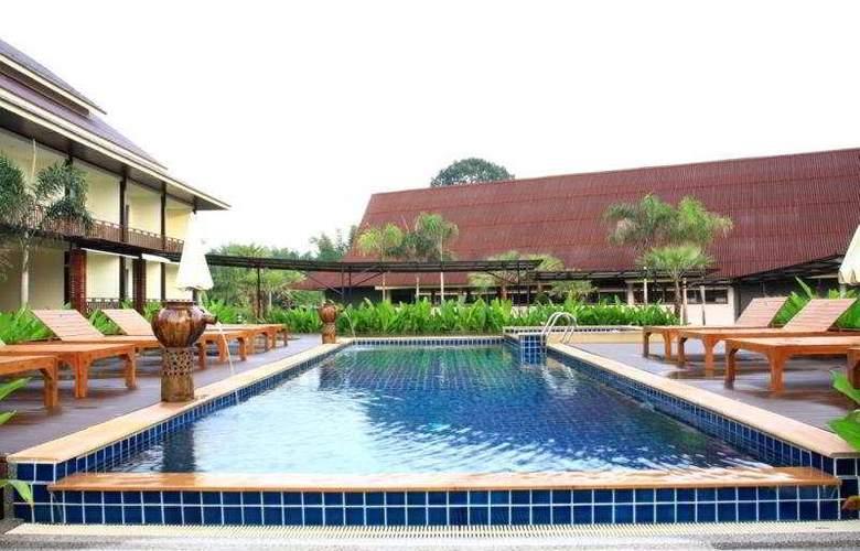 Howdy Relaxing - Pool - 9