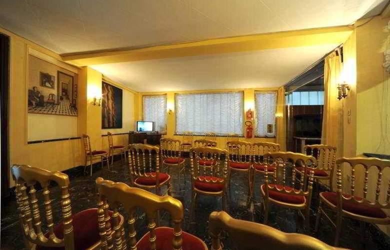 Novo Hotel Impero - Conference - 6
