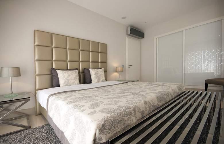 Pine Hills Vilamoura - Room - 1