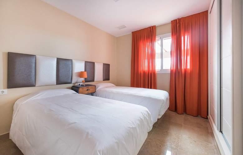 Albayt Nueva Alcaidesa - Room - 1