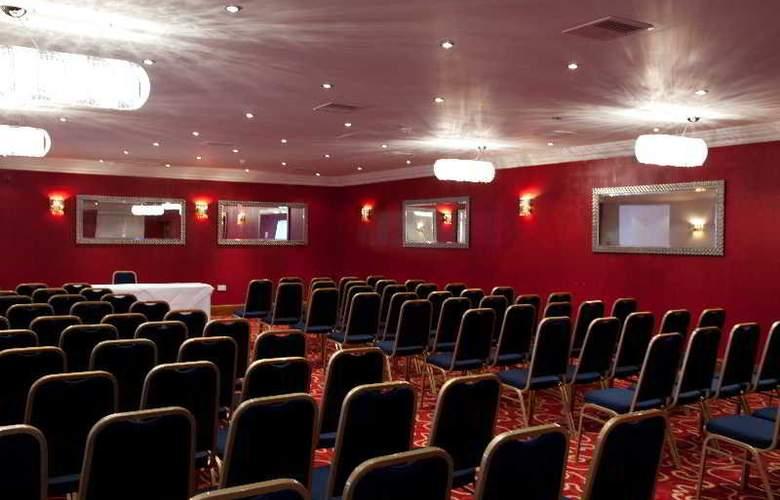 Hallmark London Croydon Aerodrome - Conference - 12