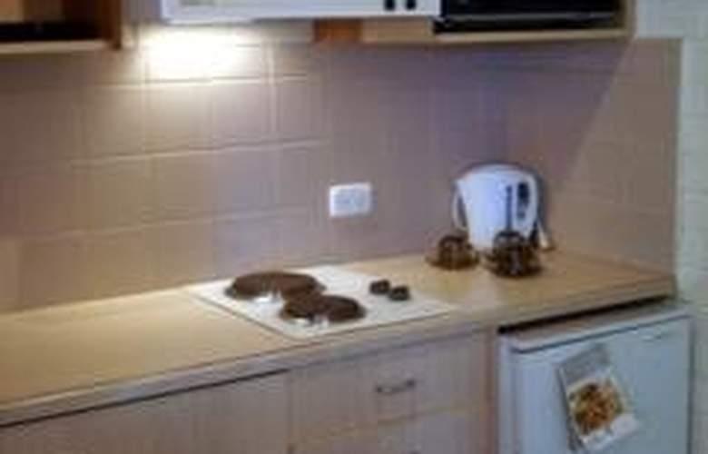 Redan Apartments - Room - 3