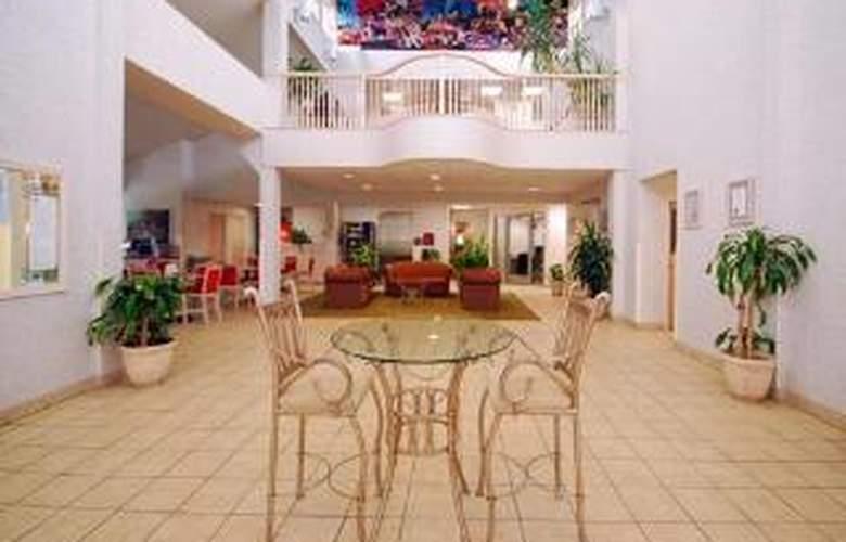 Comfort Suites Clara Avenue - General - 2
