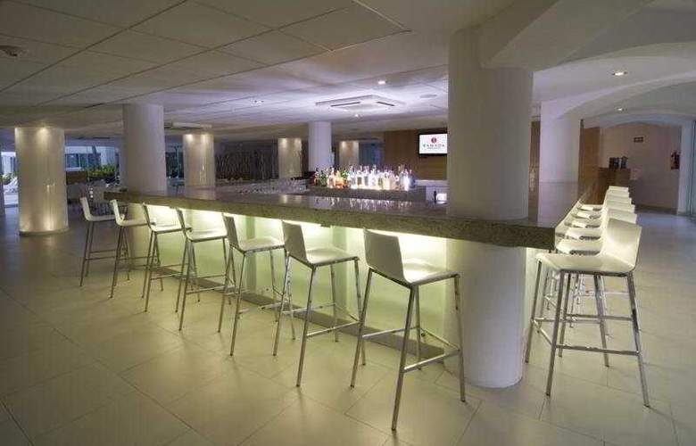 Ramada Cancun City - Bar - 5