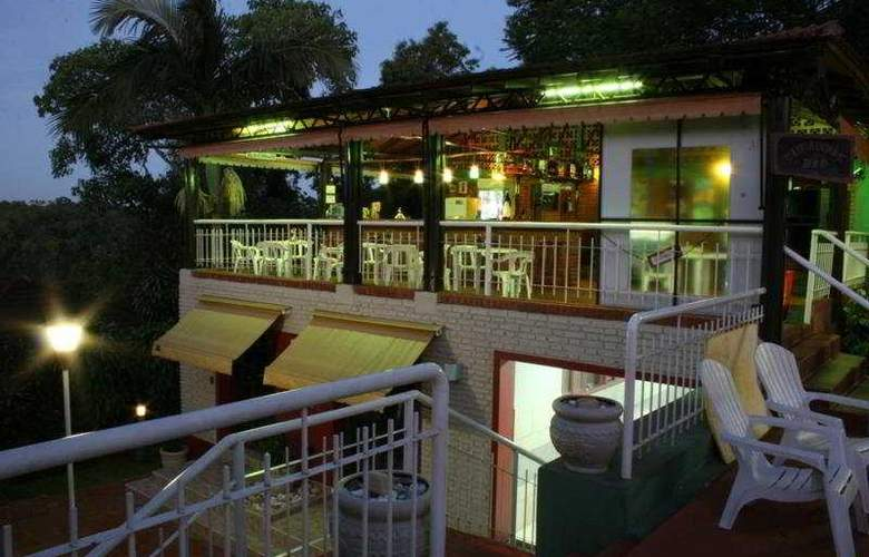 Pirayu Lodge Resort - Bar - 4