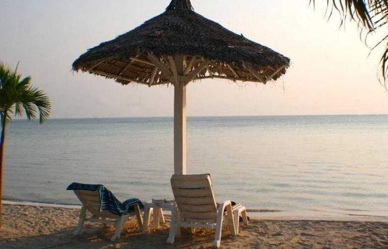Milky Bay Resort Koh Phangan - Beach - 15