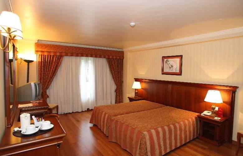 Turim Lisboa - Room - 16
