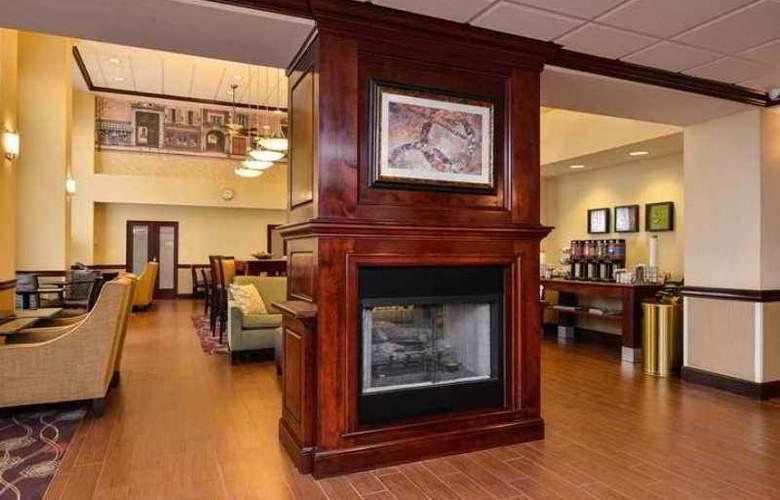 Hampton Inn & Suites Dayton-Vandalia - Hotel - 1