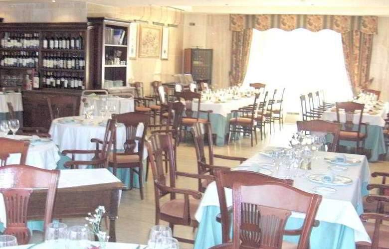 Sierra Real - Restaurant - 4