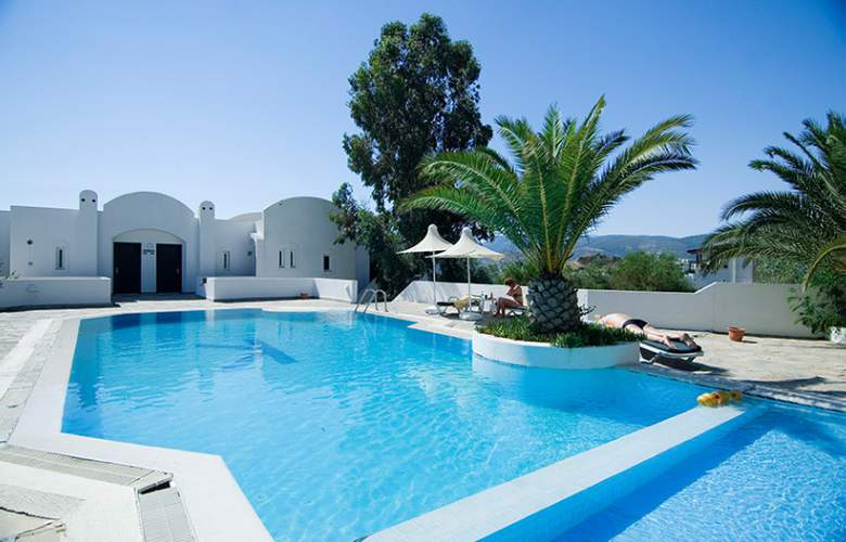 Vera Miramar Resort - Pool - 11