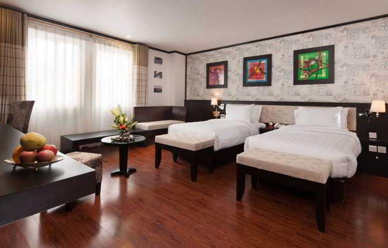 Boss Legend Hotel - Room - 11