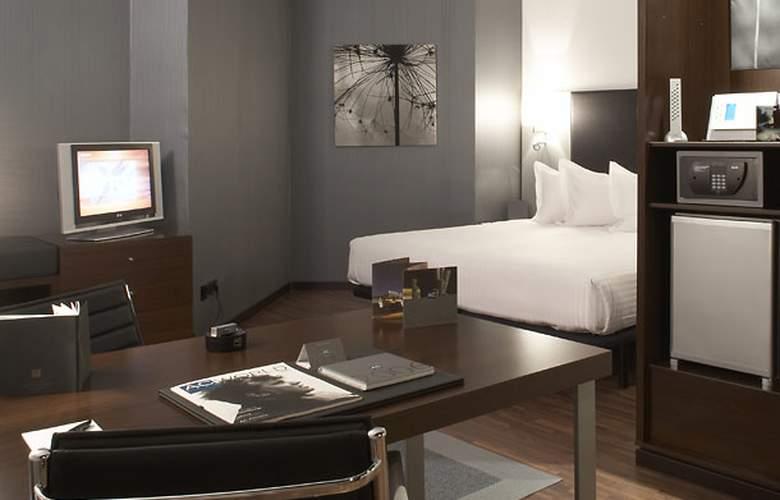 AC La Finca - Room - 1