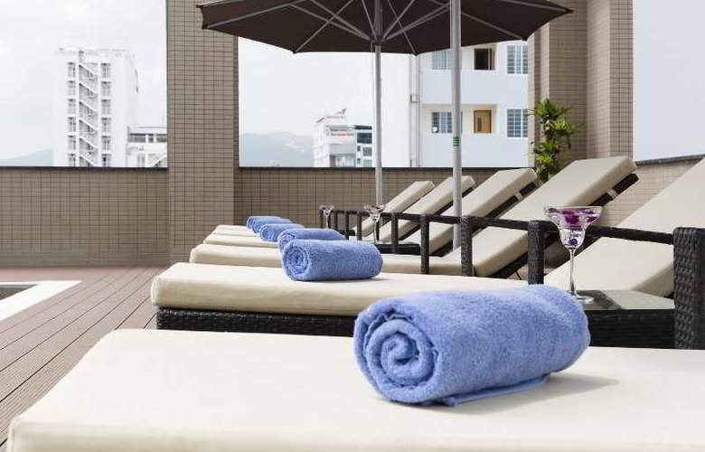 Muong Thanh Nha Trang Centre Hotel - Pool - 52