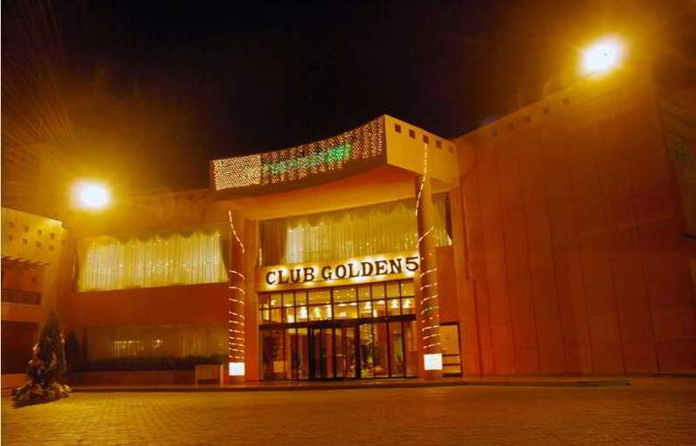 Golden 5 The Club Hotel - Hotel - 0