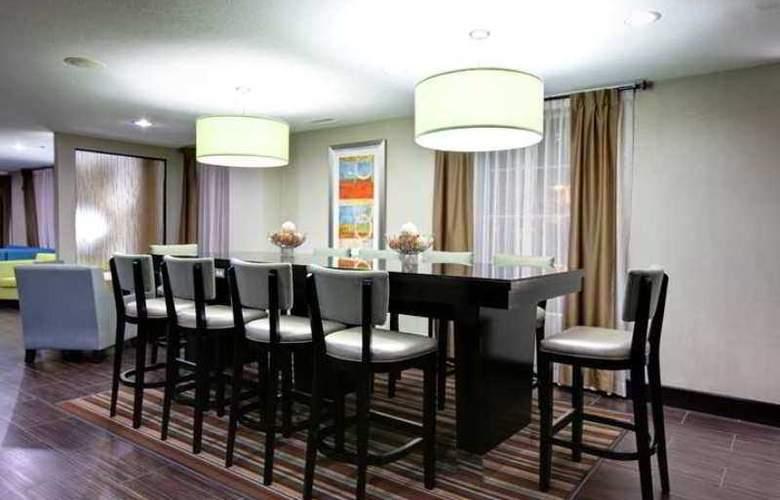 Hampton Inn & Suites Hermosa Beach - Hotel - 3