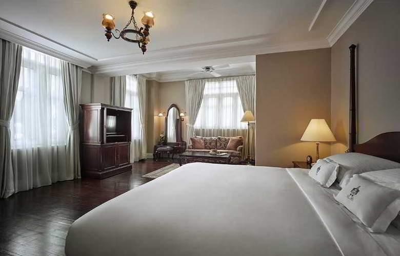 Eastern and Oriental Hotel Penang - Room - 27