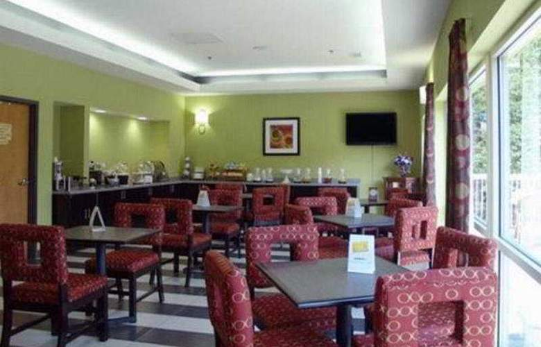 Comfort Suites Inn at Ridgewood Farm - Restaurant - 7
