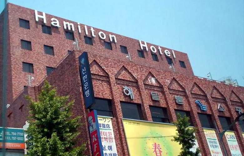 Hamilton - Hotel - 0