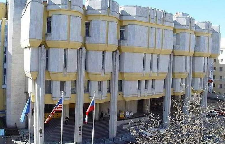 Rus - Hotel - 0