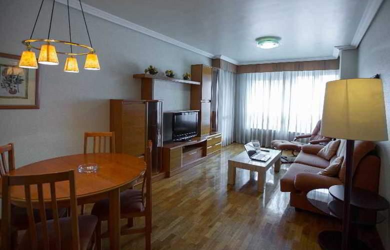 Apartamentos Gestion de Alojamientos - Room - 6