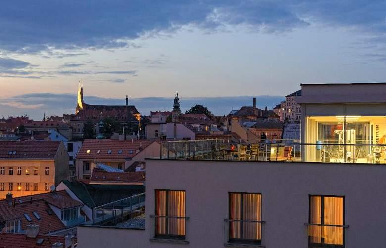 Park Inn Hotel Prague - Sport - 12